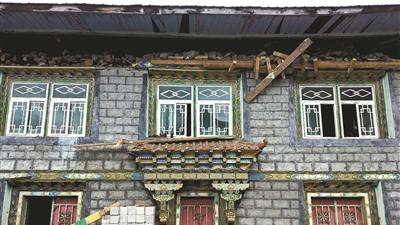 西藏林芝6.9级地震为何无伤亡?人口密度低 新房质量好