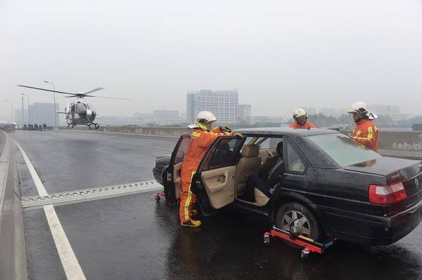 2017年高速公路重大交通事故处置综合演练
