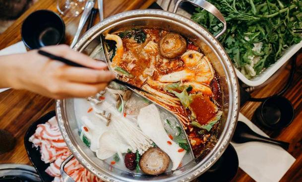 下筷子前先看看!沪食药监局发布冬季火锅消费提示