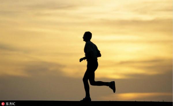 """新华社:健身需求升级促运动消费转向""""质量变革"""""""