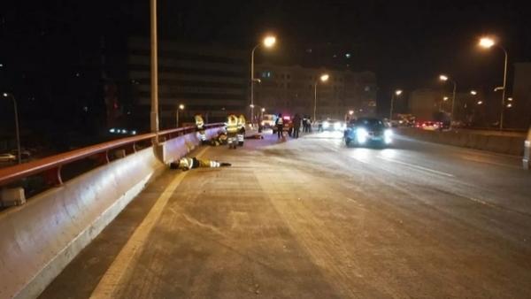 哈尔滨今晨发生惨烈车祸 7名环卫工被撞 5死2伤