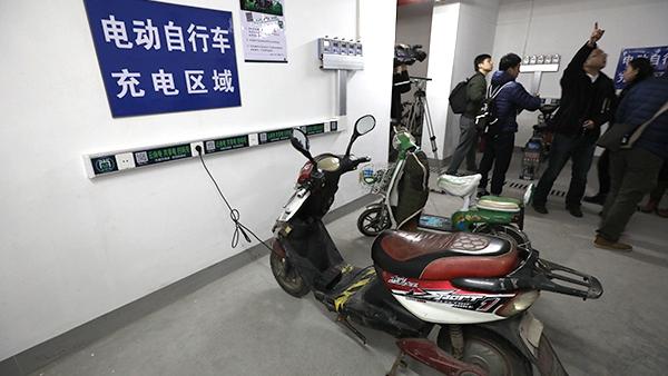"""为防电瓶车楼道内充电酿火灾,上海浦东一小区用上""""互联网+"""""""