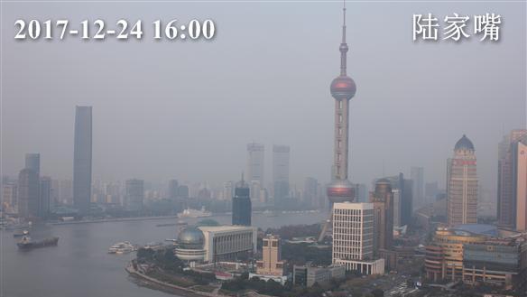 申城空气质量逐渐好转 已降为轻度污染 夜间霾基本消散