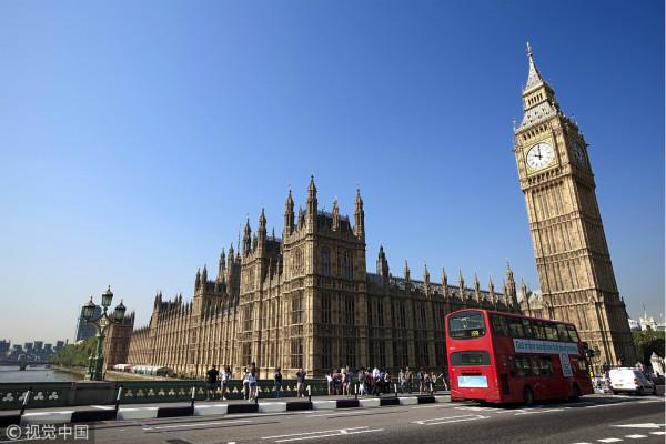 突发!伦敦快餐店发生枪击案 两名16岁男孩受伤