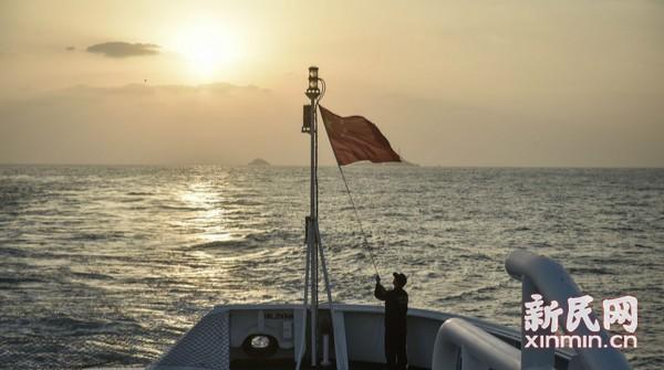 领海基点迎接新年第一缕阳光