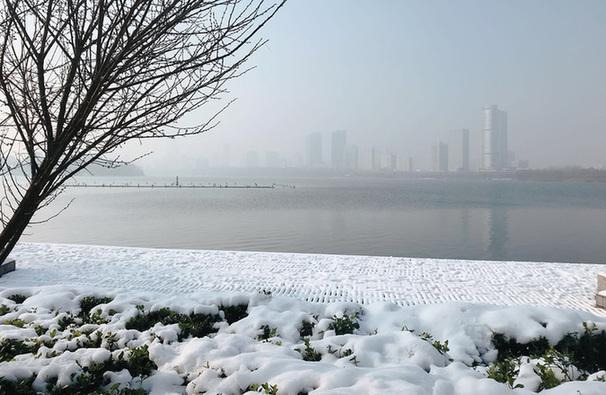 """周三起上海低温雨雪来袭 今冬""""初雪""""要来了!"""