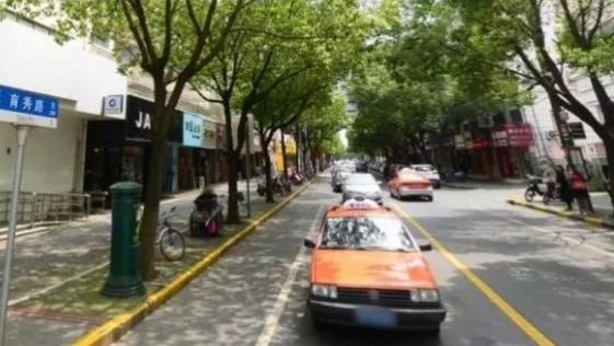 下月起,奉贤部分路段道路停车泊位停放时间有新规定