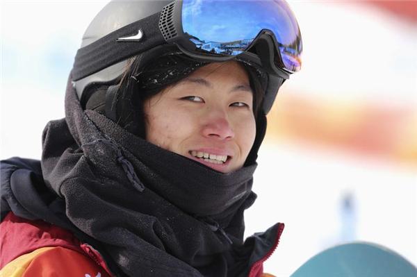 单板滑雪女子U型池摘银!走近中国军团平昌冬奥首枚奖牌得主刘佳宇