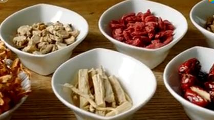 草药入菜能治病养生?等等,想食疗可别被《舌尖3》误导了!