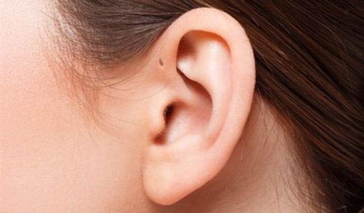 """耳朵是全身脏器的健康""""地图"""""""