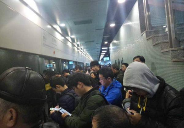 轨交10号线今早发生设备信号故障 目前已排除