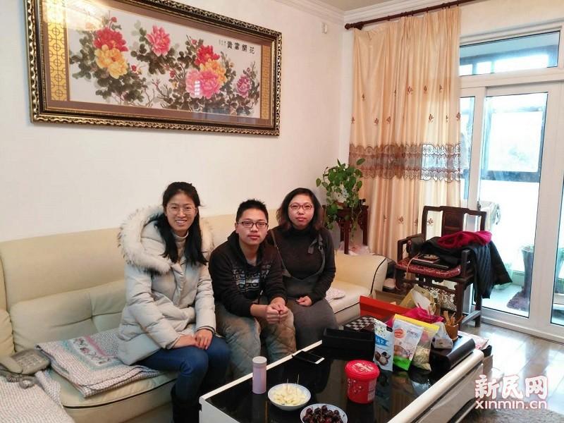 曙光中学:寒假家访送温馨,学生成长进行时