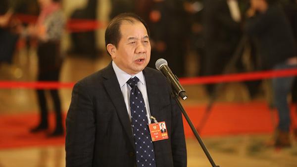 全国两会 | 上海交通大学校长林忠钦:要让中国的孩子不出国门就能读到一流大学