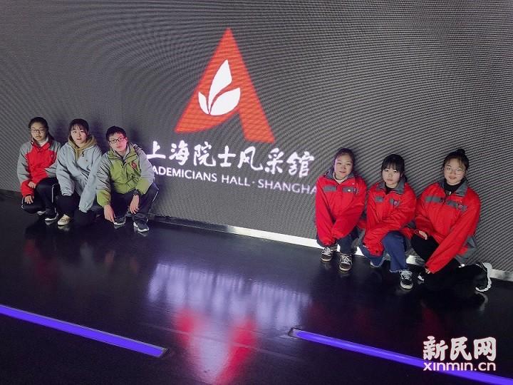 曙光中学:建设科技强国  放飞未来梦想