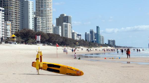 4名中国游客在澳溺水 适逢救生员锦标赛幸获救