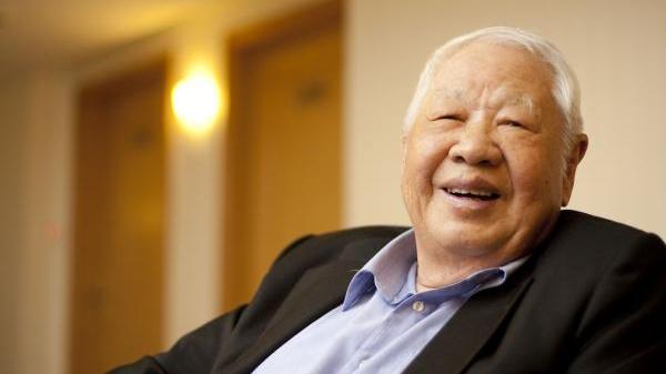 台湾当代诗人洛夫病逝,享年91岁