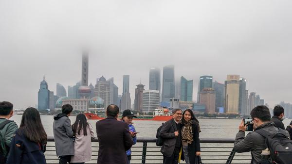 上海今明雨水纠缠  天气阴冷潮湿