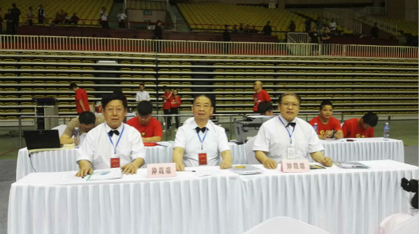 全国自由搏击锦标赛开赛 傅敏伟受邀任仲裁