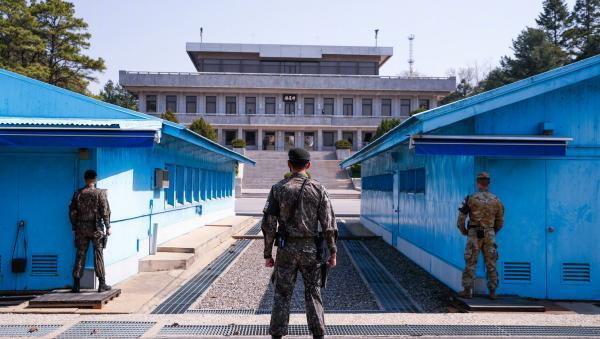 韩朝首脑会晤地板门店探访:金正恩或跨过分界线创历史性时刻
