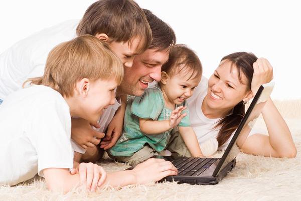 晨读   一生中最值得珍惜的,就是与家人在一起的温馨时光
