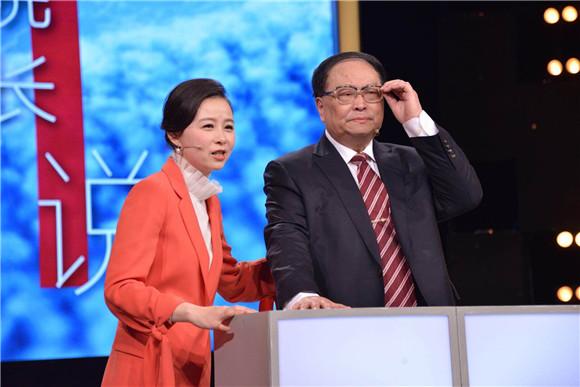 """先进""""急诊室""""后听""""院长说"""" 医疗题材节目打响""""上海服务""""品牌"""