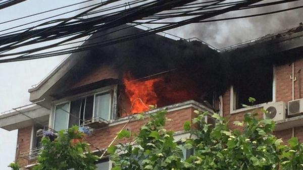 上海长宁一小区居民家发生煤气泄漏 幸无人员伤亡