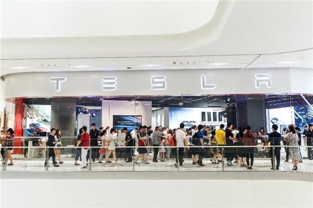 特斯拉Model 3华中首秀