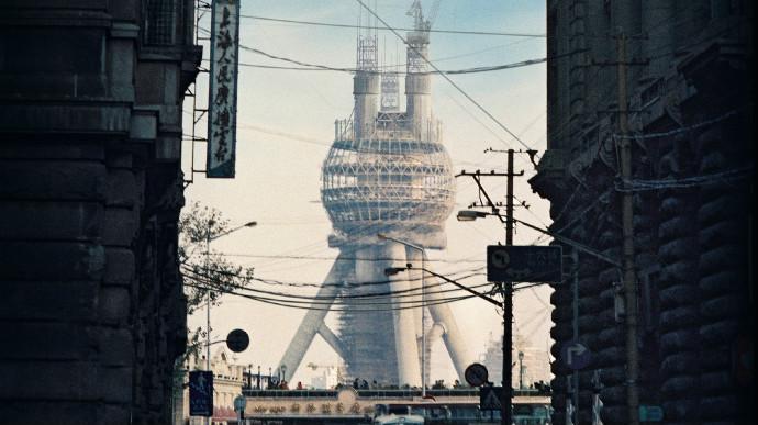 一张海报引发网友集体怀旧!25年前的上海原来是这样的,你还记得吗?