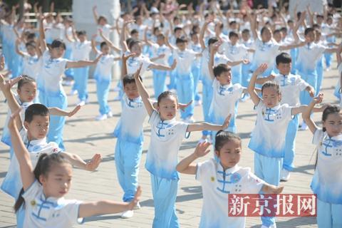 今年六一很特别:百万儿童齐练中华武术过节