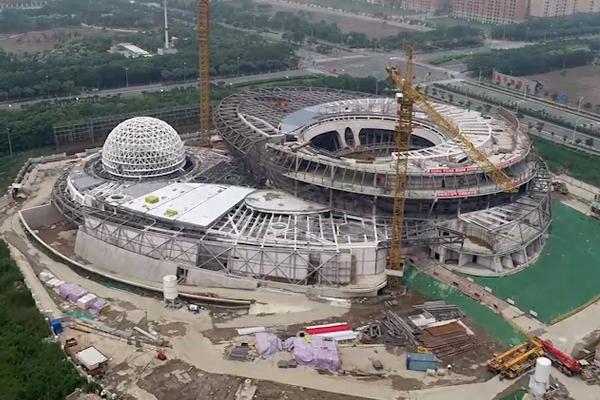 """空中俯瞰!悬空10米的上海天文馆2000吨""""大帽檐""""撑起来了"""
