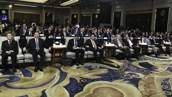 第十届陆家嘴论坛开幕,李强书记作主旨演讲,详述上海这一禀赋优势
