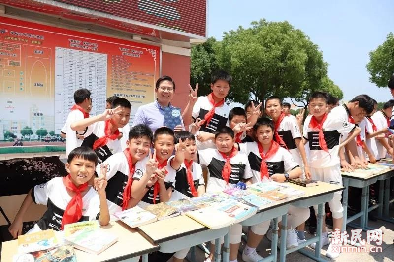 廊下中学:争当红领巾小百灵,争做新时代好队员
