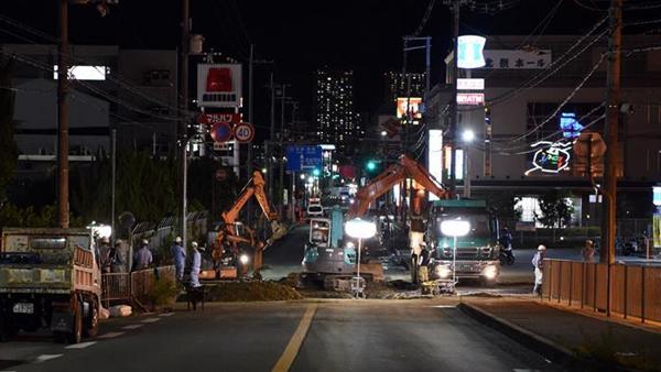 大阪强震中一小学生被违建砖墙砸中遇难 高槻市市长谢罪