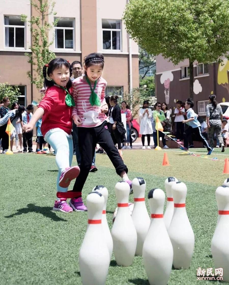 金沙江路小学:炫动足球,快乐成长
