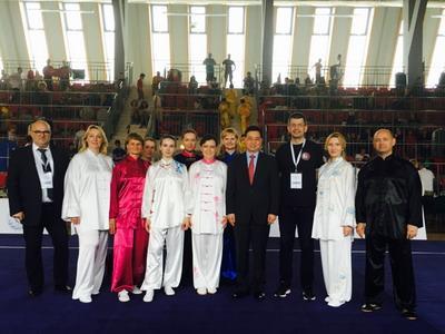 波兰国际武术锦标赛举行 波兰拳手展示太极拳