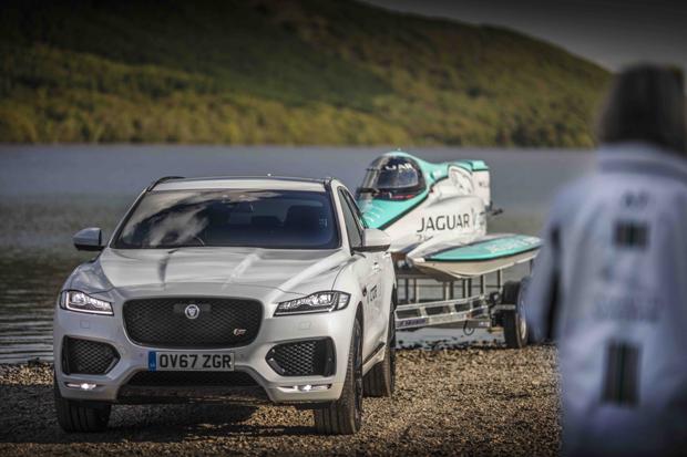 捷豹打破电动赛艇速度世界记录