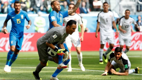 三头六臂难挡七十二变 哥斯达黎加0:2不敌巴西提前淘汰
