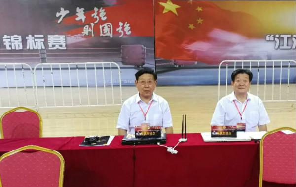 全国青少年泰拳赛举行 傅敏伟任大赛仲裁