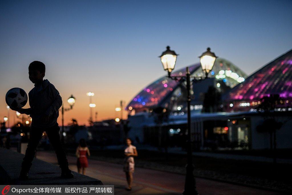 名人堂丨著名作家蒋子龙:这个世界杯有点冷