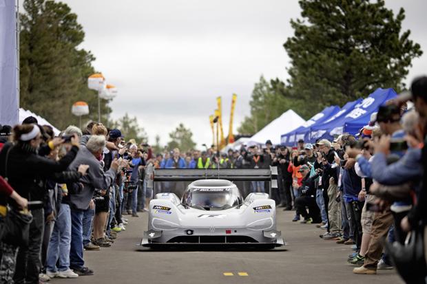 大众汽车纯电动赛车出征古德伍德速度节