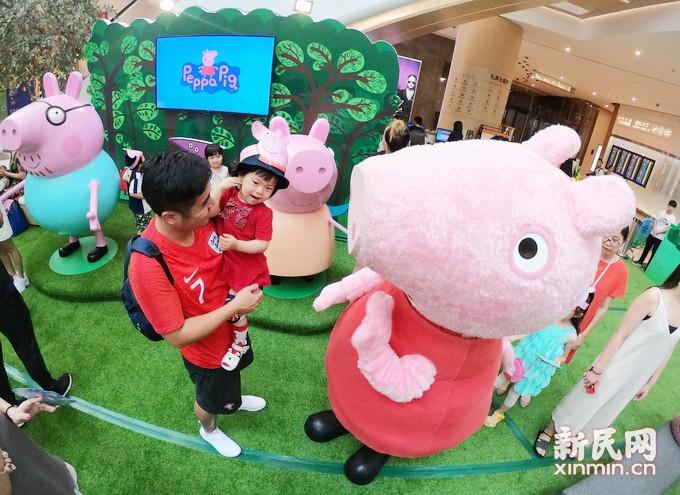 """上海购物品牌打出动漫IP牌 和""""小猪佩奇""""一起享受快乐暑假"""
