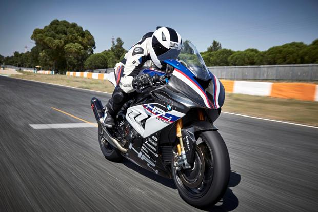 全新BMW HP4 RACE:创新全碳纤维车架摩托车