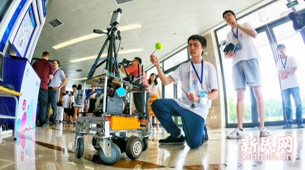 全球学生汇聚上海交大点亮智能未来