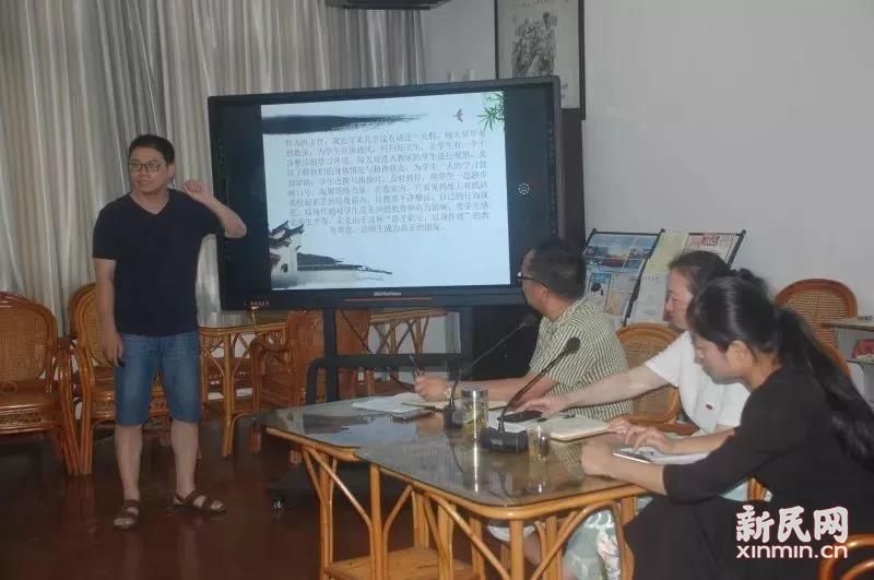 广陈中学与上海市廊下中学举行两校德育交流论坛活动