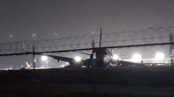 中国厦门航空公司一架客机在马尼拉机场降落时偏离跑道 暂无人员伤亡