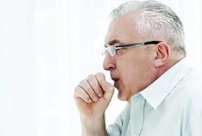 张口抬肩 呼吸困难 胸闷憋气 猝死隐患 哮喘可控制 关键要长效