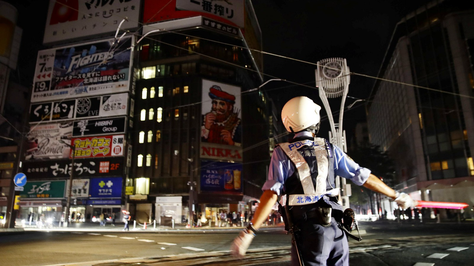 北海道6.9级地震 造成1人死亡295万户停电