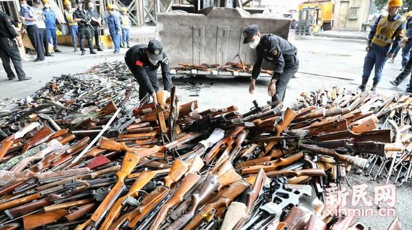上海警方严厉打击涉枪涉爆违法犯罪活动