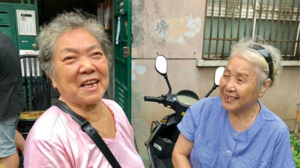 老房加梯又一例:杨浦区控江一村5号楼上午开工啦!