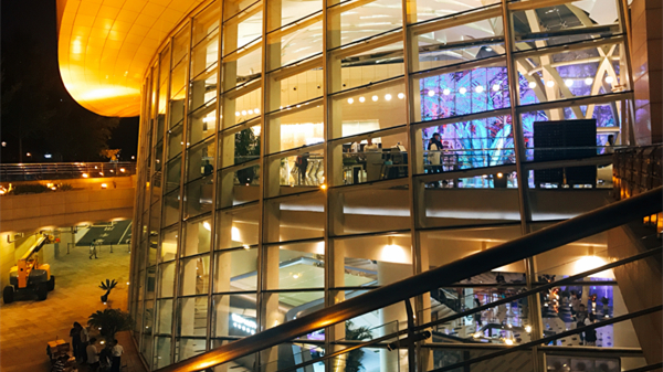 滚动直播|今天,让五位艺术家带您赴约上汽·上海文化广场七周年庆